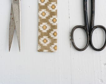 Classic Bow Strips: Olive & Mustard Ikat, Tribal