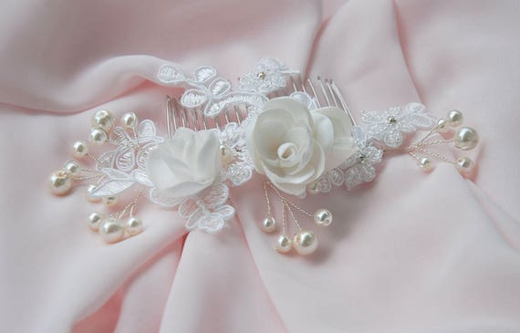 Diamond white beaded lace bridal hair comb;beaded lace floral hair comb;bridal hair comb