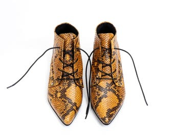 Derby Leather Shoes / Yellow Python Patern Tie Shoes / Lacing Shoes / Oxford Shoes / Womens Shoes / Snakr Skin Print  Shoes - Boston