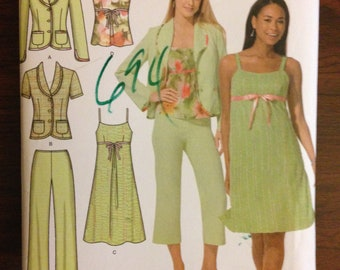 Simplicity 4238 - Easy Chic Summar Wardrobe with Long or Short Sleeved Jacket, Camisole, Dress, and Cropped Pants - Size 8 10 12 14 16