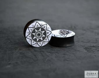 Pair gauges Geometric mandala image ear wood plugs 6,8,10,12,14,16,18,20,22,24-60mm;6g,4g,2g,0g,00g;1/4,5/16,3/8,1/2,9/16,5/8,3/4,7/8,1 1/4""