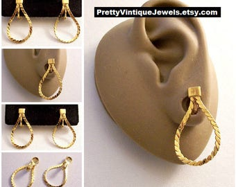 Monet Link Chain Hoop Clip On Earrings Gold Tone Vintage Flat Serpentine Weaved Long Open Dangle Oval Ring Comfort Paddles