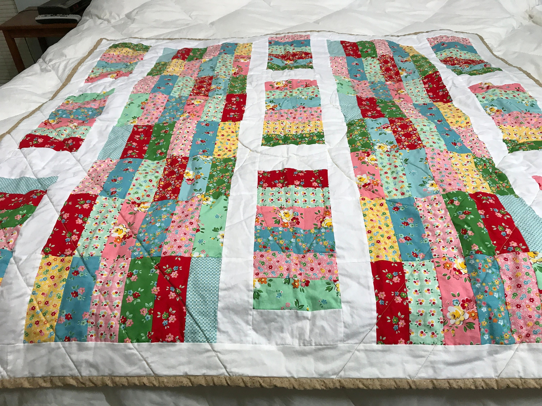 Quilted Lap Blanket, Quilted Blanket, Lap Blanket, Floral Quilt ... : blanket quilt - Adamdwight.com