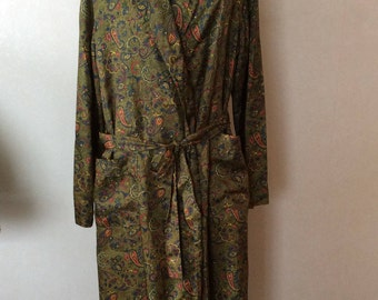 1950's Mens Paisley Smoking Jacket Robe Made in New Zealand Dressing Gown by Klipper