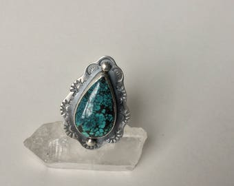 Black and Blue Hubei Turquoise teardrop ring size 7  *as is