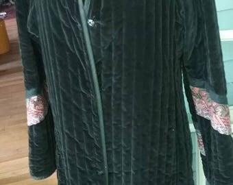 Vintage Quilted Reversible Women's Coat!