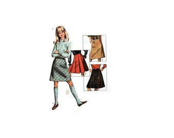 1960s Vintage Sewing Pattern - Simplicity 6707 - Girls Pleated Aline Skirt