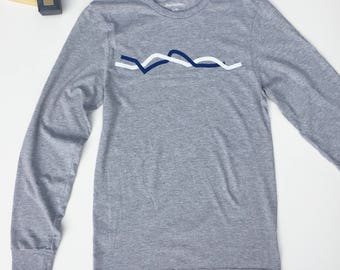Squiggle Long Sleeved T-Shirt –Heather Grey, Lightweight, Summer or Fall Styled Comfy Shirt