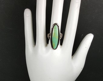 SOUTHWESTERN SILVER RING Size 6 Green Turquoise Ring Vintage Bell Trading Post Sterling Silver Native American Ring
