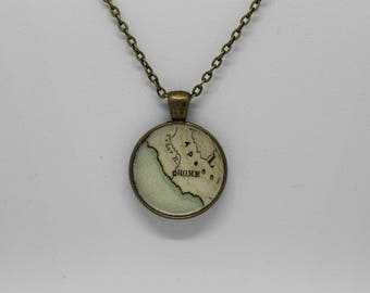 Rome Italy Vintage Inspired Pendant Necklace Bronze