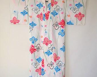 Authentic Japanese Vintage White Yukata Kimono Iris M131