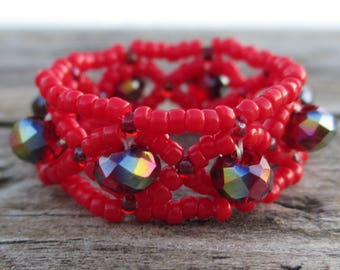 Beaded ring, red, Chinese crystals, net stitch