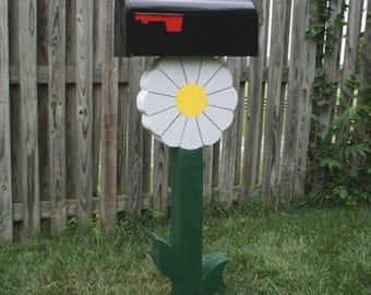 White Flower Mailpost