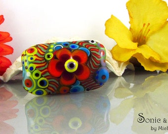 Flower Power - Dot Art, lampwork focal bead. It's a original Sonic & Yoko by Michou