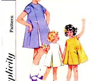 1964 Simplicity 5432 Size 2 Girls One-Piece Dress Sewing Pattern Supply Flared Dress Inverted Pleat Underlay Applique c ME
