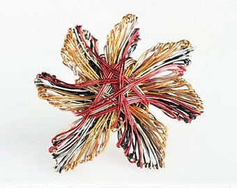 Flower brooch pin, red orange, wire jewelry, cute pin, abstract flower, colorful, modern art jewelry, birthday gift women, Christmas gift