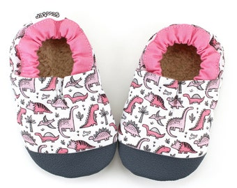 pink dinosaur shoes girl dinosaur booties rubber sole shoes toddler dinosaur slippers t-rex early walker soft sole shoes pink vegan shoes