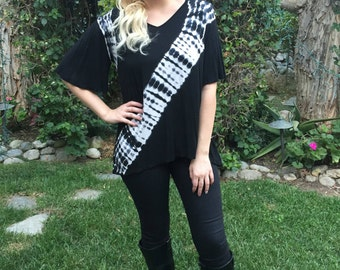 Tunic Top, Womens Tunic, Tie Dye Top, Tunic Tops, Tie Dye, Gather Back,Womens Top, Tunics, Dyed in Black & White, S M L, V Neck