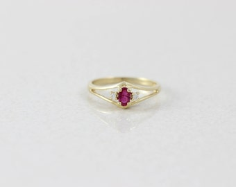 14k Yellow Gold Ruby and Diamond Ring Size 6 1/2