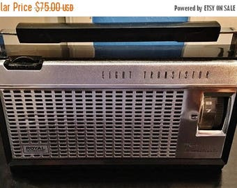 ON SALE - Vintage Rare Royal International AM Radio Eight Transistor Battery Operated High Sensitvity