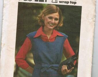 OOP Vintage Butterick 3541 Misses Top Size 10