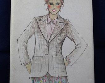 Woman's Jacket Pattern in Size 10-16 - New Look 6078