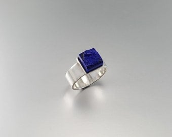Raw stone royal blue Lapis Lazuli square ring with Sterling silver - gift idea - natural stone - solitaire ring - modern - AAA Grade afghan