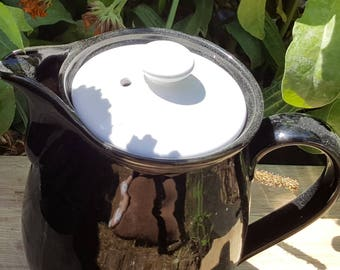 Black and white Denby Stone Ware coffee or chocolate pot 1.5 pints