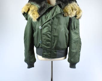 Vintage 1940s WWII fur trim cold weather parka pile lining