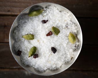 Cardamom Burnt Sugar Bath Salts