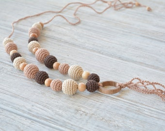 Nursing necklace with pendant for baby teething, Crochet teething necklace for babywearing mom, Baby friendly jewelry