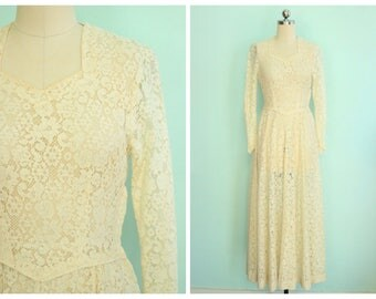 Vintage 1940's Sheer Lace Wedding Dress | Size Extra Small