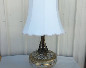 "Vintage Hollywood Regency Victorian Style Table Lamp Gold acream - with Shade ""b"""