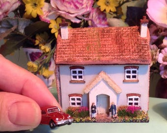 144th, micro, cottage with garden, dolls house, car and figures