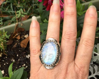 Rainbow moonstone ring/8