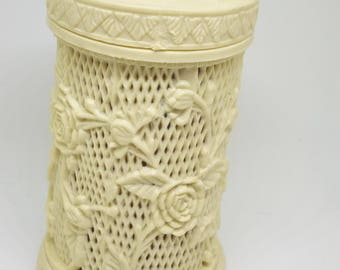 Ivory Rose Treasure hors doeuvre fork holder
