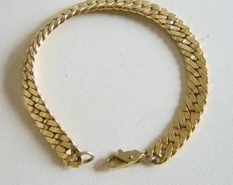 Nice Gold Tone Textured Chain Link Bracelet