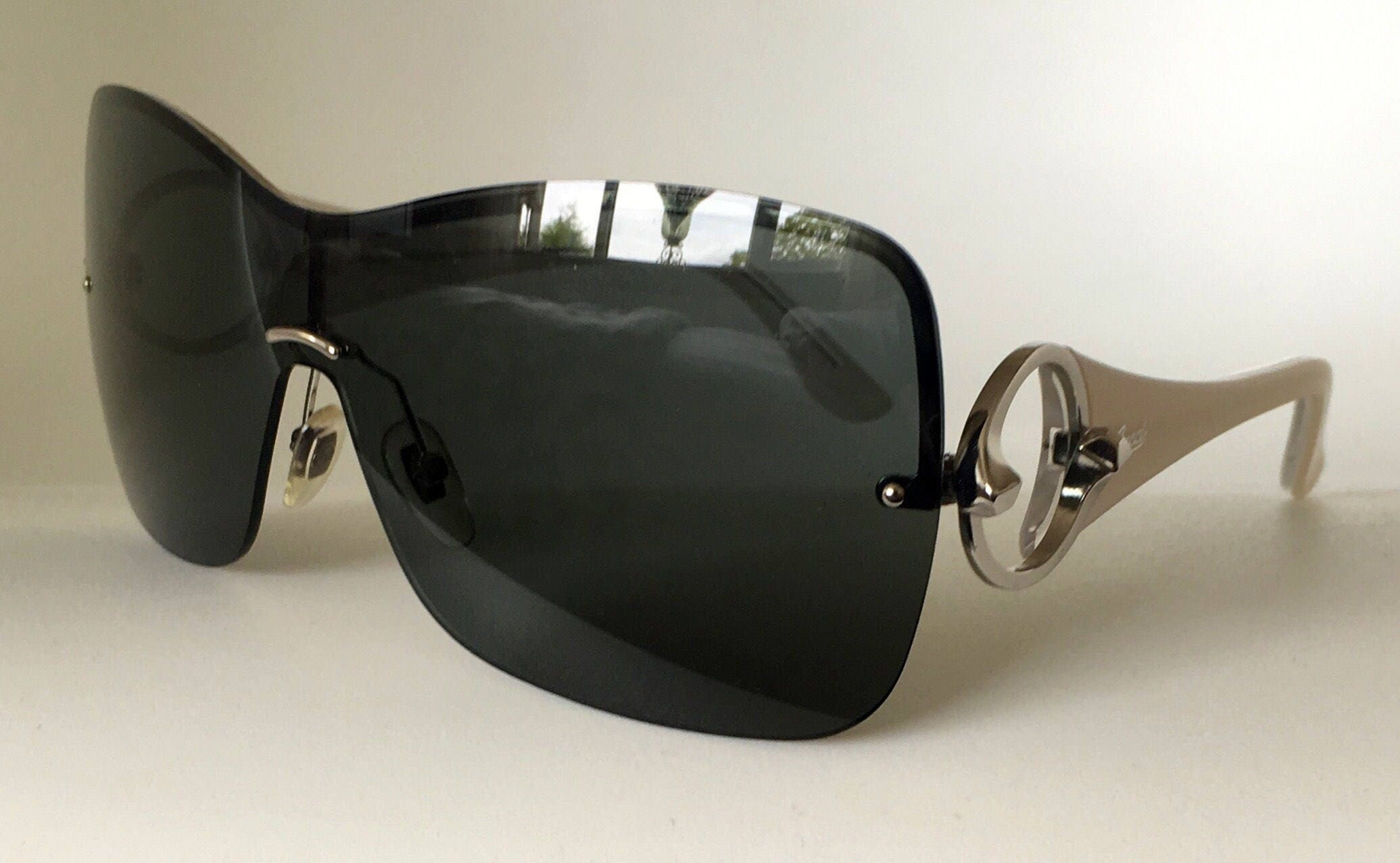 a2c8b5bf49a28 Gucci Vintage Sunglasses Collection