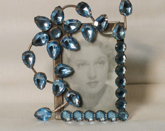 Mini frame surrounded by Rhinestones, flower, blue
