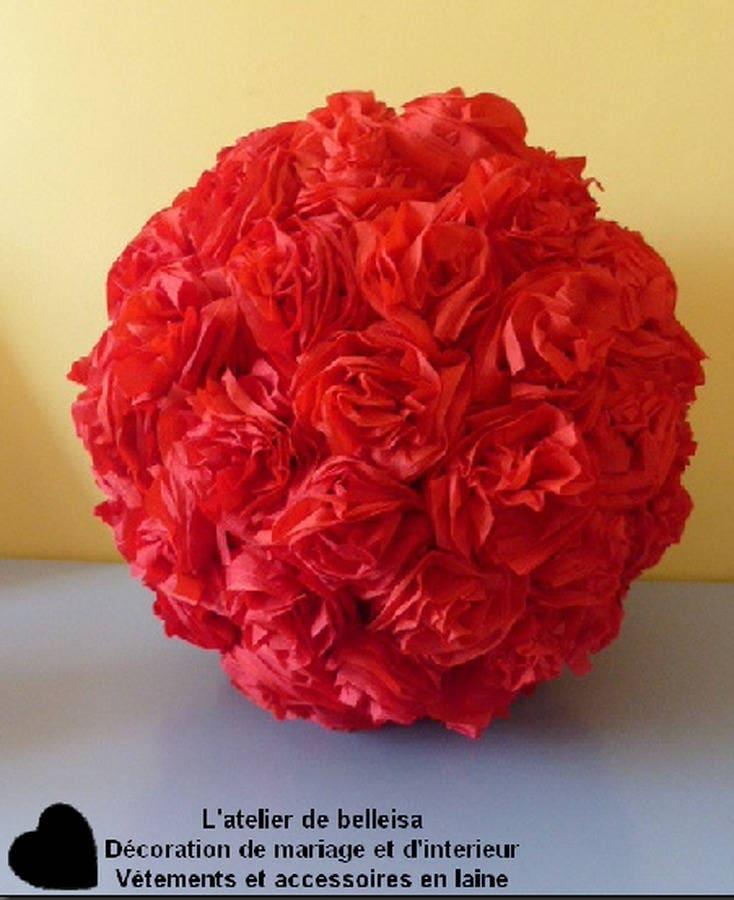 Boule de fleur en papier cr pon rouge en d corations - Boule de fleur en papier crepon ...
