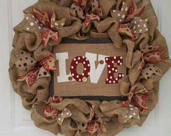 Valentine Wreath / Burlap Wreath / Love Wreath / Burlap Valentine Wreath / Wreath for Door / Front Door Wreath / Holiday Wreath