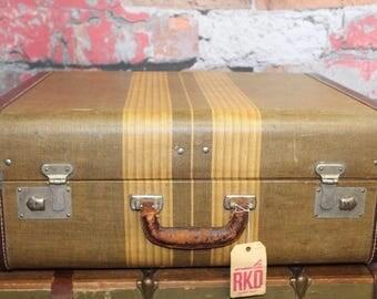 Vintage Beige Striped Tweed Suitcase, Tweed Suitcase, Old Suitcases, Old Luggage, Vintage Luggage, Suitcases, Suitcase Photo Prop