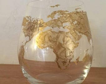 Gold map glasses etsy stemless world map wine glasses set of 4 gumiabroncs Image collections
