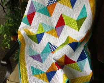 Chevron Baby Quilt, Stroller Quilt, Baby Play Mat, Car Seat Blanket, Small Beach Quilt, Primary Colors Modern Crib Quilt, Photo Prop