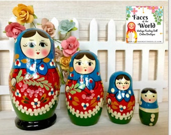 Vintage Nesting Dolls, Holiday Christmas Nesting Doll, Miniature Matryoshka Dolls, Russian Dolls, Babushka Dolls. Wooden Stacking Dolls.