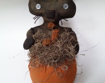 primitive cat, grungy primitive cat, grungy primitive decor, Halloween decor, grungy cat and pumpkin, primitive decor, fall decor,