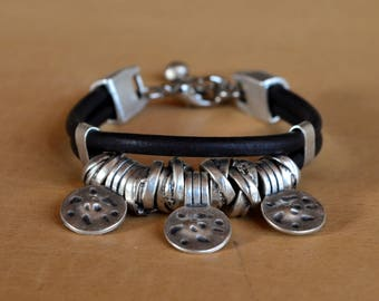 womens leather bracelet, silver bracelet,  beads bracelet, womens bracelet, womens jeweley, fashion jewelry