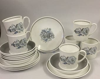 Vintage Wedgwood Susie Cooper bone china 'Peony' coffee set for six
