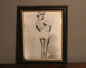 Vintage Framed Betty Grable Pinup Swimsuit 8 x 10 / 8x10 GLOSSY Photo Picture