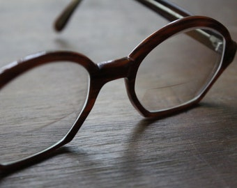 Vintage Brown 70s/80s Frames Retro Eyeglasses Eyewear